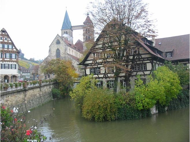 Tìm Hiểu Về Thành Phố Stuttgart Của Đức