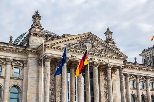 Facade Reichstag Building Berlin 131301 238